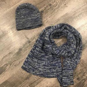Old Navy NWOT hat & scarf set